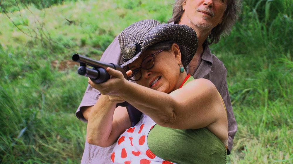roseanne_with_gun_1