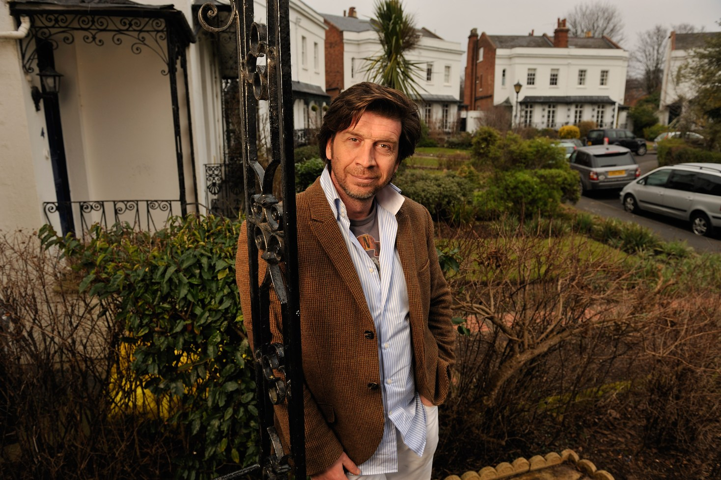 Nick Knowles  - 2 DCD Rights sr
